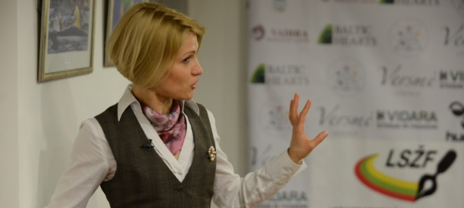 Seminare – apie sporto mediciną ir žolės riedulį (video)