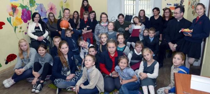 LSŽF atstovai susitiko su Visų Šventųjų šeimos paramos centro vaikais