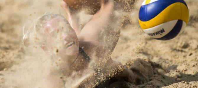 Geriausias liepos mėnesio sporto kadras – iš paplūdimio tinklinio varžybų