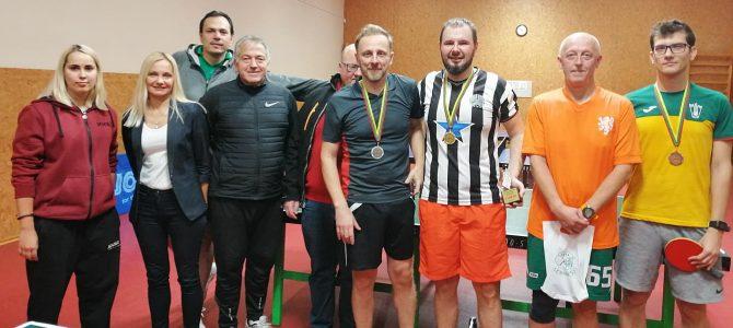 Sporto žurnalistų stalo teniso čempionatą laimėjo M. Vojevodinas