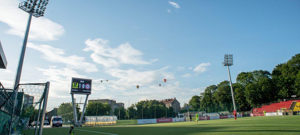Geriausiame mėnesio darbe – klampūs Lietuvos futbolo kuluarai